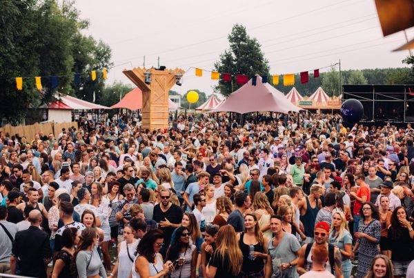 Epic Shelters Vedela Fille Roelants Lief Festival